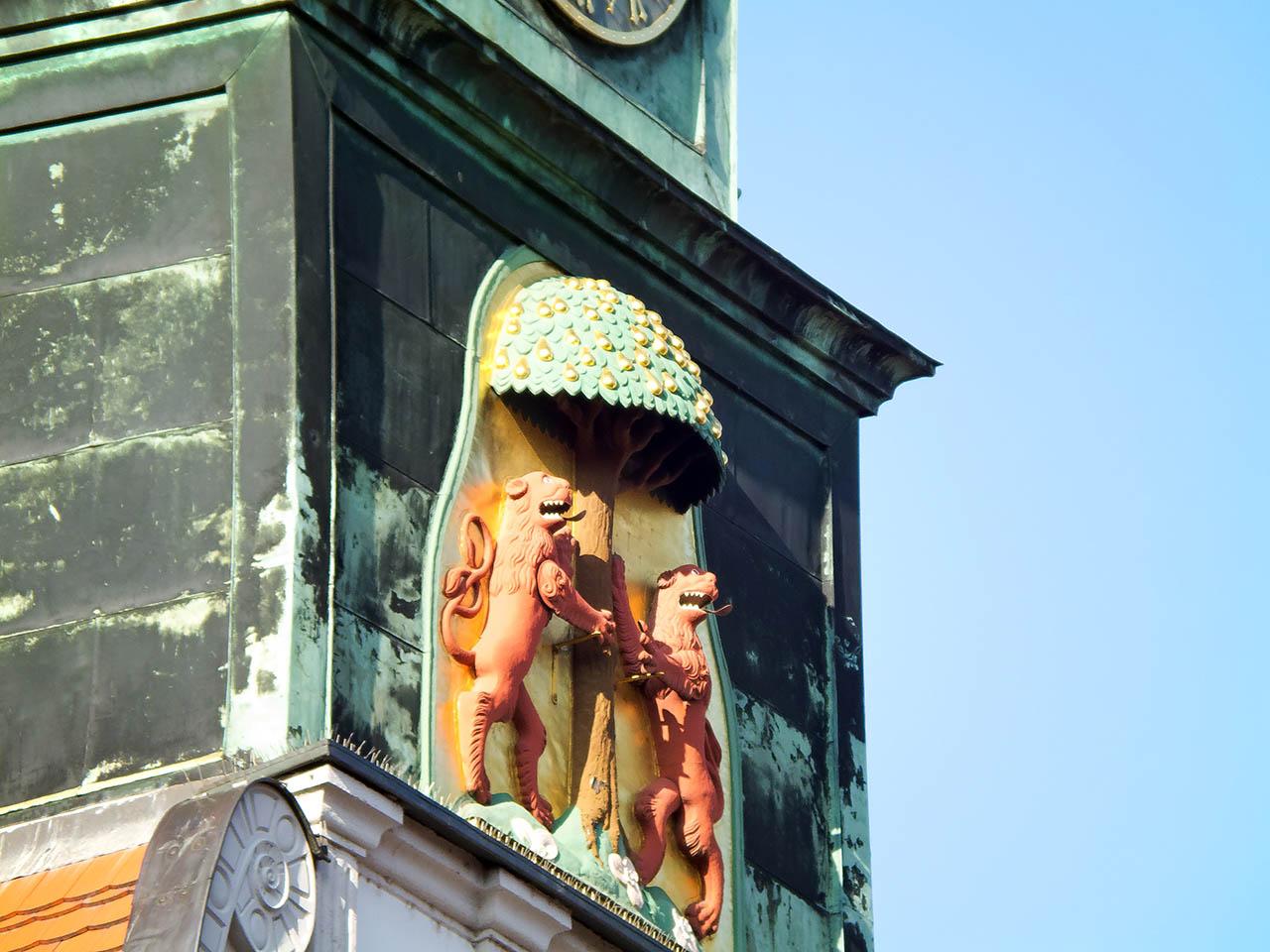 Stadtwappen Pirna am Rathausturm
