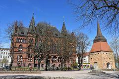 Ständehaus und Steintor in der Rostocker Innenstadt