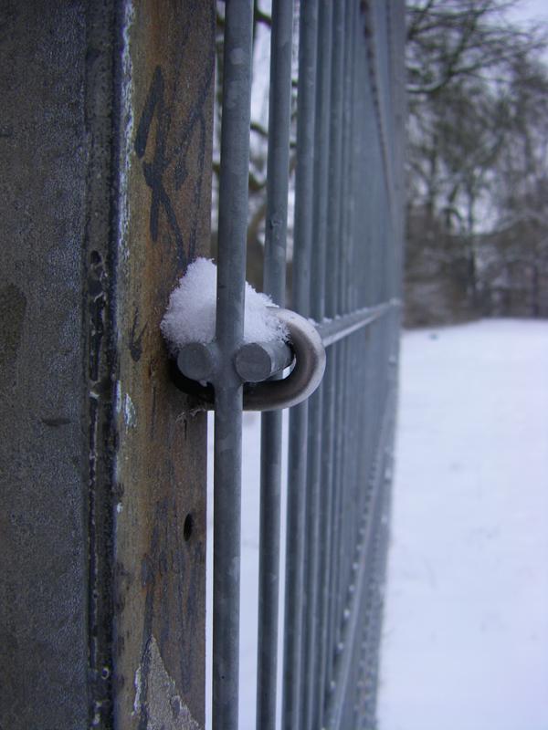 Stahl im Schnee