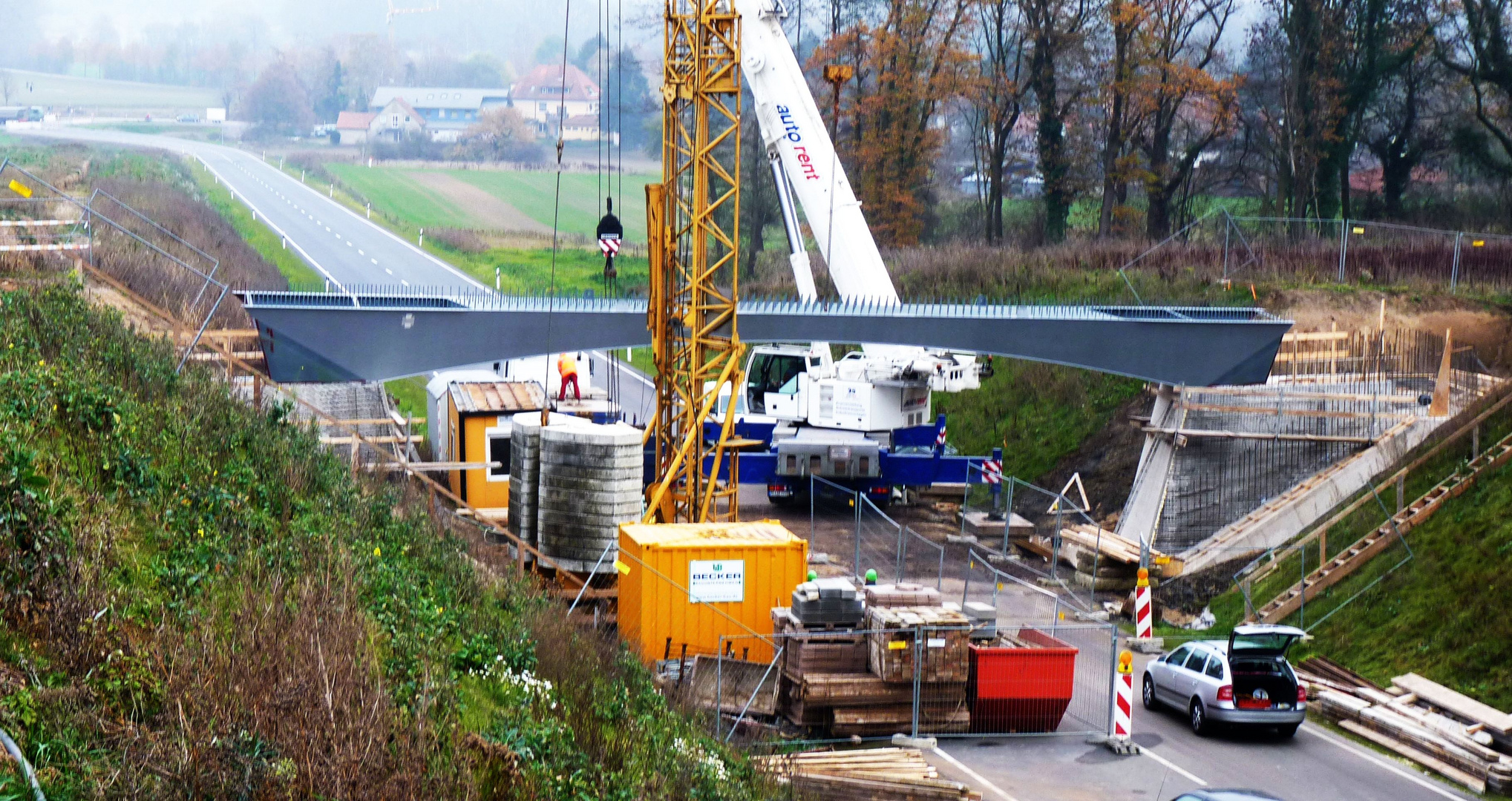 Stahlbrücke auf Widerlagern