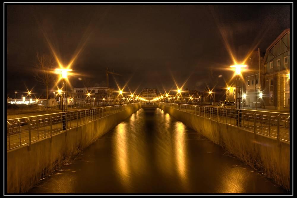 Stahlwerk Becker bei Nacht