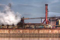 Stahlwerk...