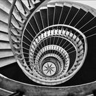 * staircase *