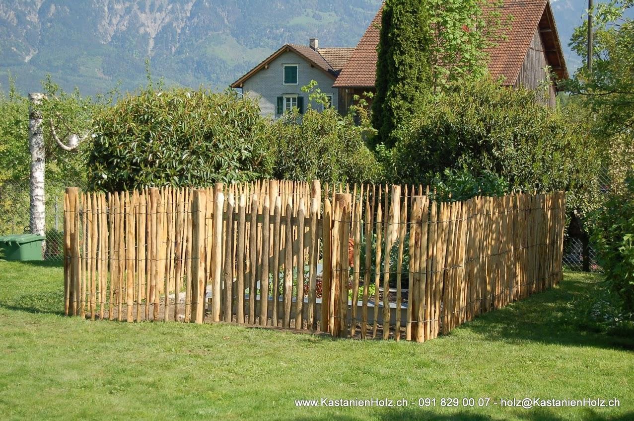 staketenzaun für gemüsegarten mit türchen foto & bild | naturstein