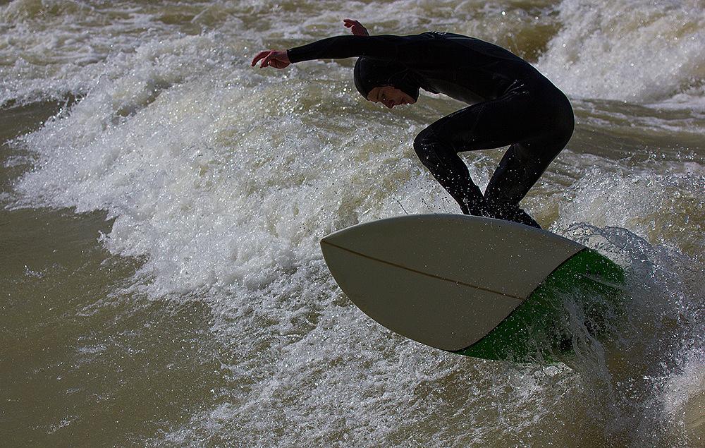 Standwellen-Surf