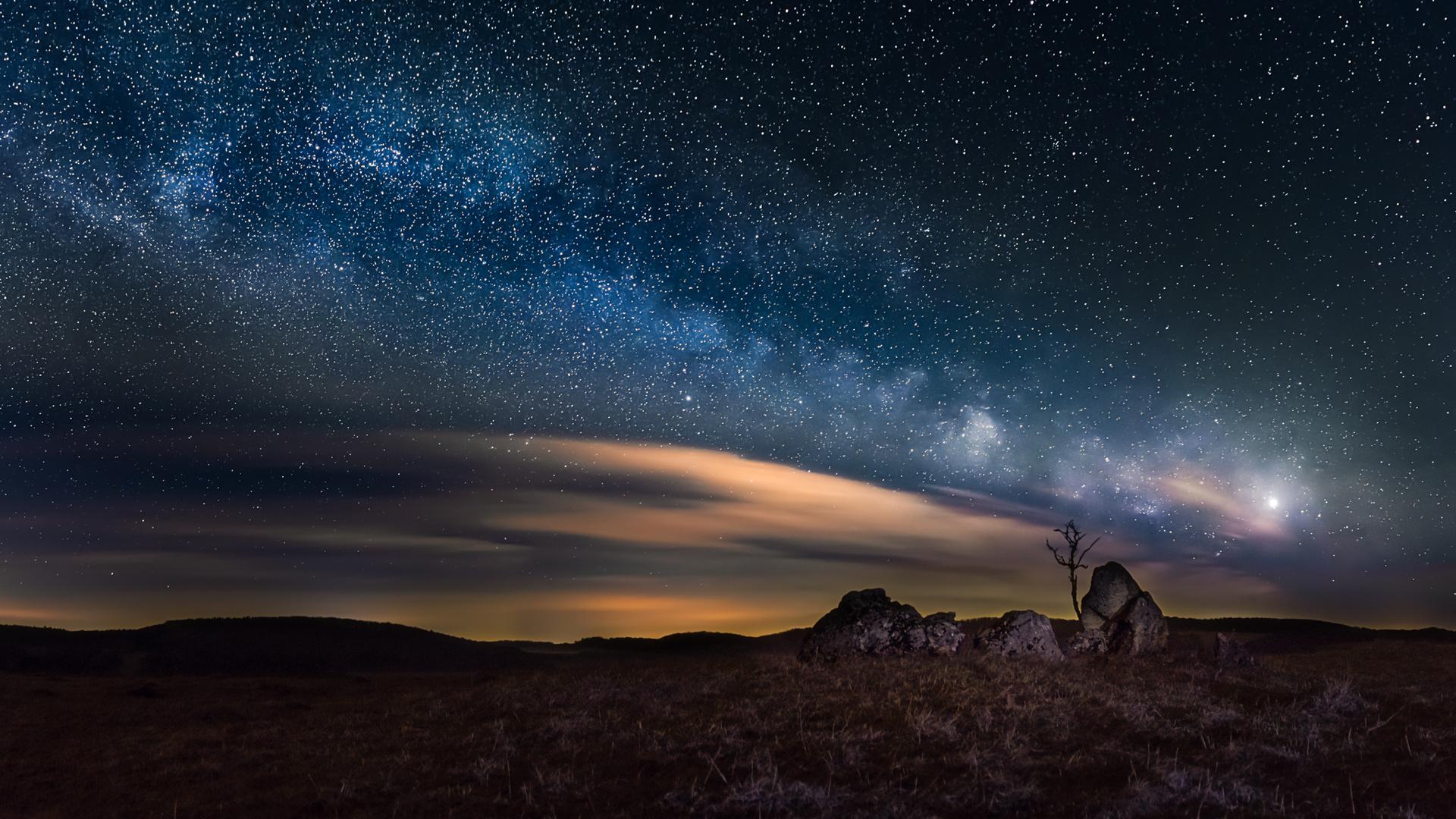 Stars on the Rocks