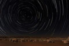Startrails in der Wüste