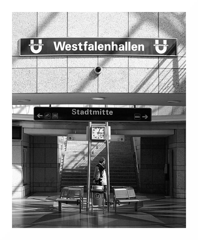 Station 02