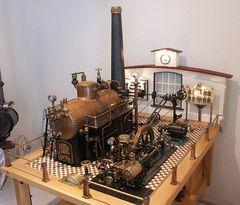 Stationäre Dampfmaschine