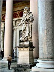 Statua in San Paolo fuori le mura