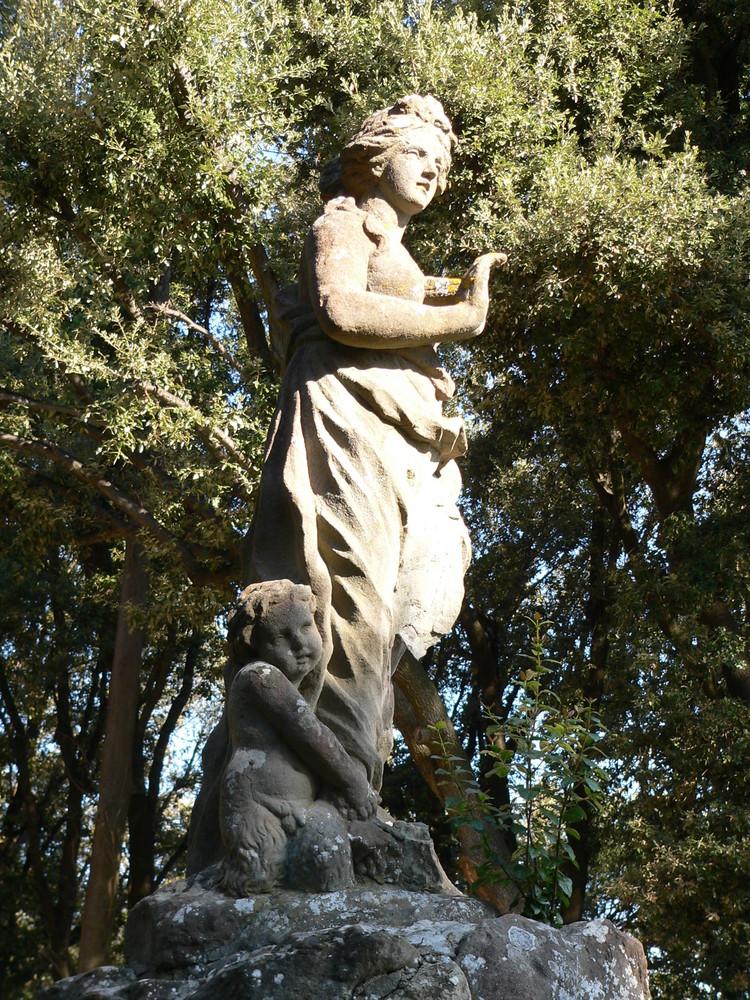 statua villa caruso