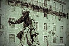 Statue Antonio Ribeiro Chiado Poeta