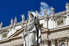 Statue Apostel Paulus..