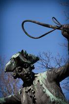 Statue II