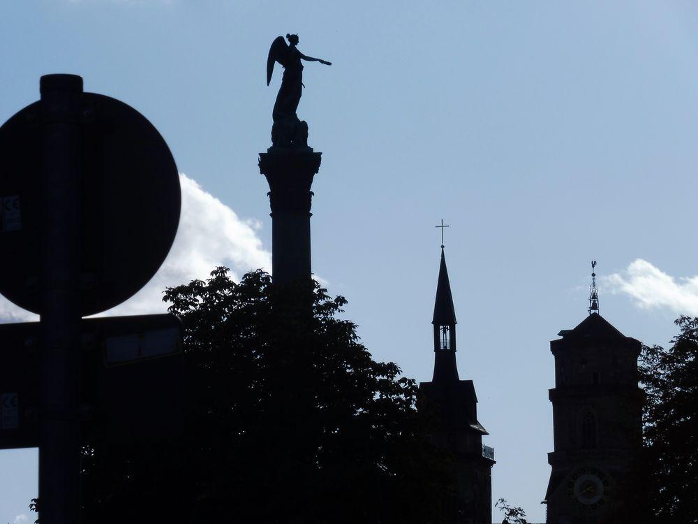Statue Tuerme Denkmal Stgt lum-19-98col +9Fotos