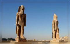 Statuen des Amenhetep III