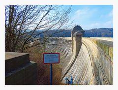 Staumauer Ost Landseite