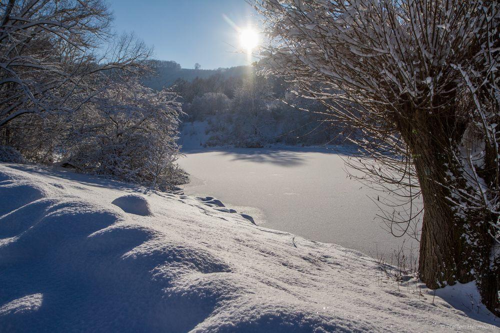 Stauseewinter gefroren