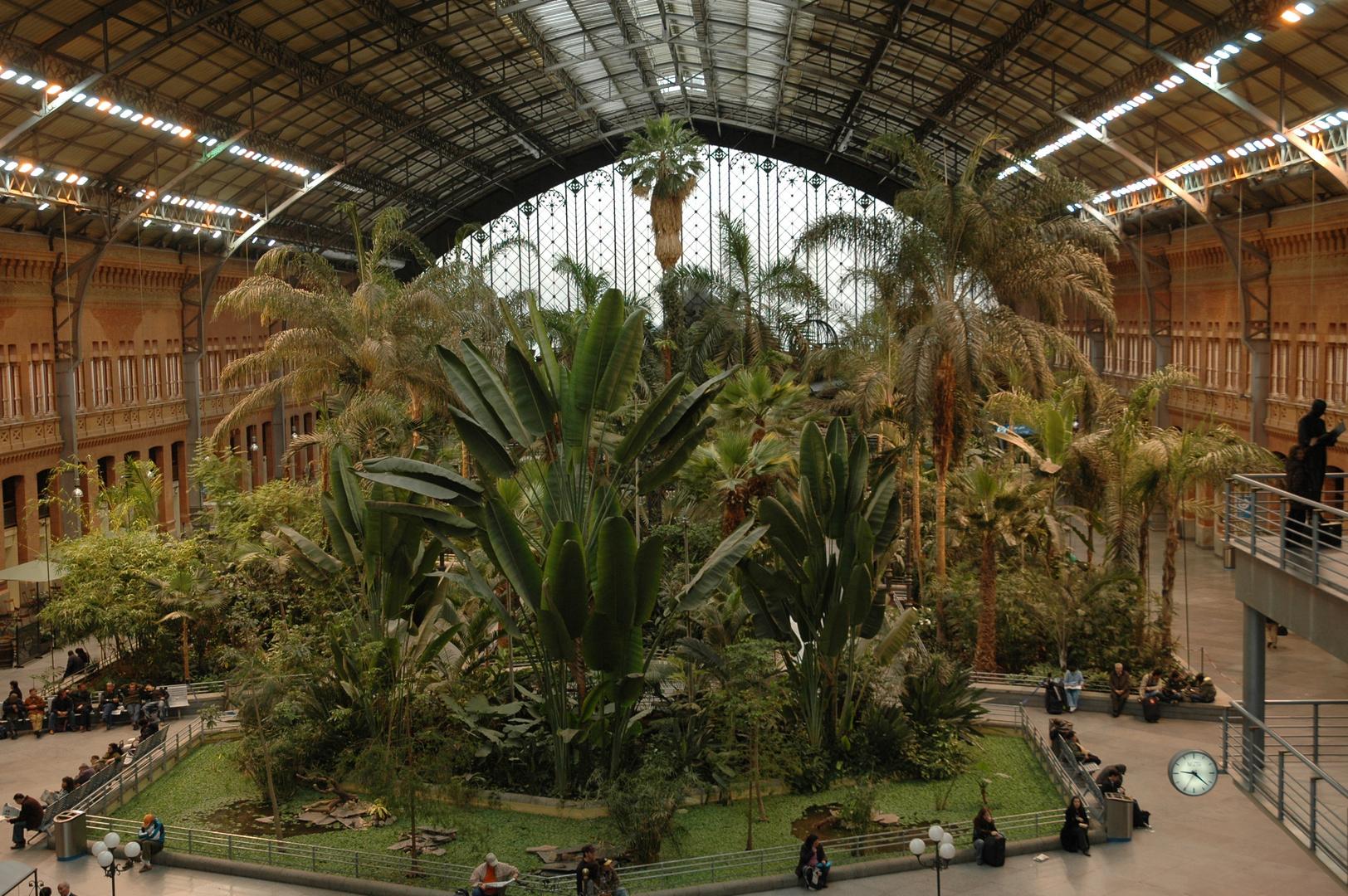 Stazione di Madrid. Ma i treni dove sono?