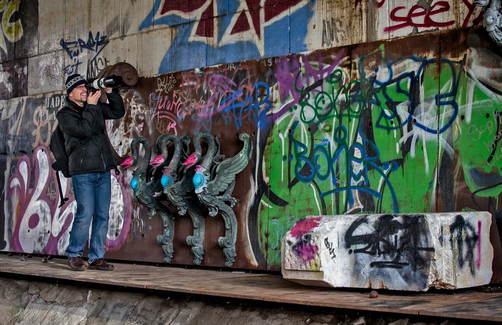 Stefan als Graffitifotograf - nun in voller Aktion!