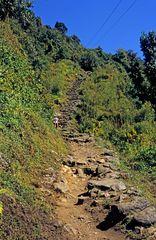 Steiler Aufstieg beim Annapurna Base Camp Trek
