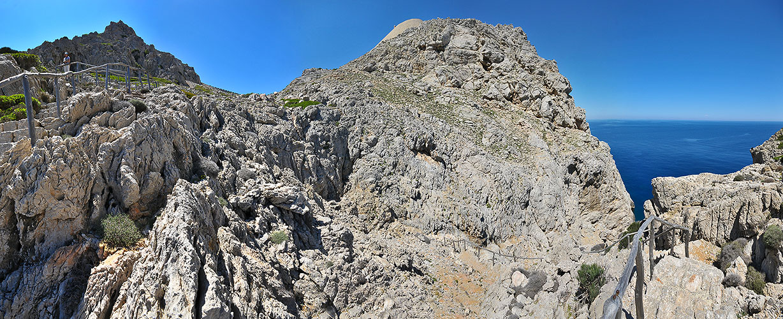 Steilküsten-Abstieg am Cap Formentor