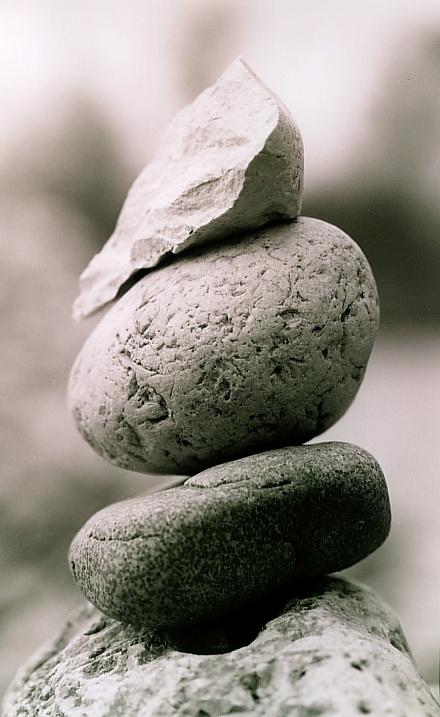 Steine bei den Isarpyramiden (1)