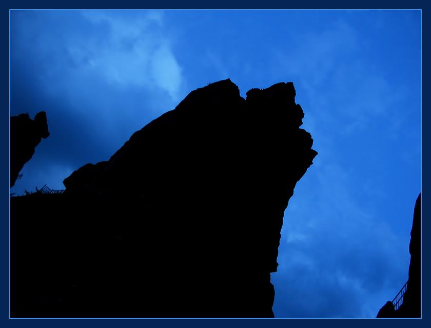 Steine im Blau