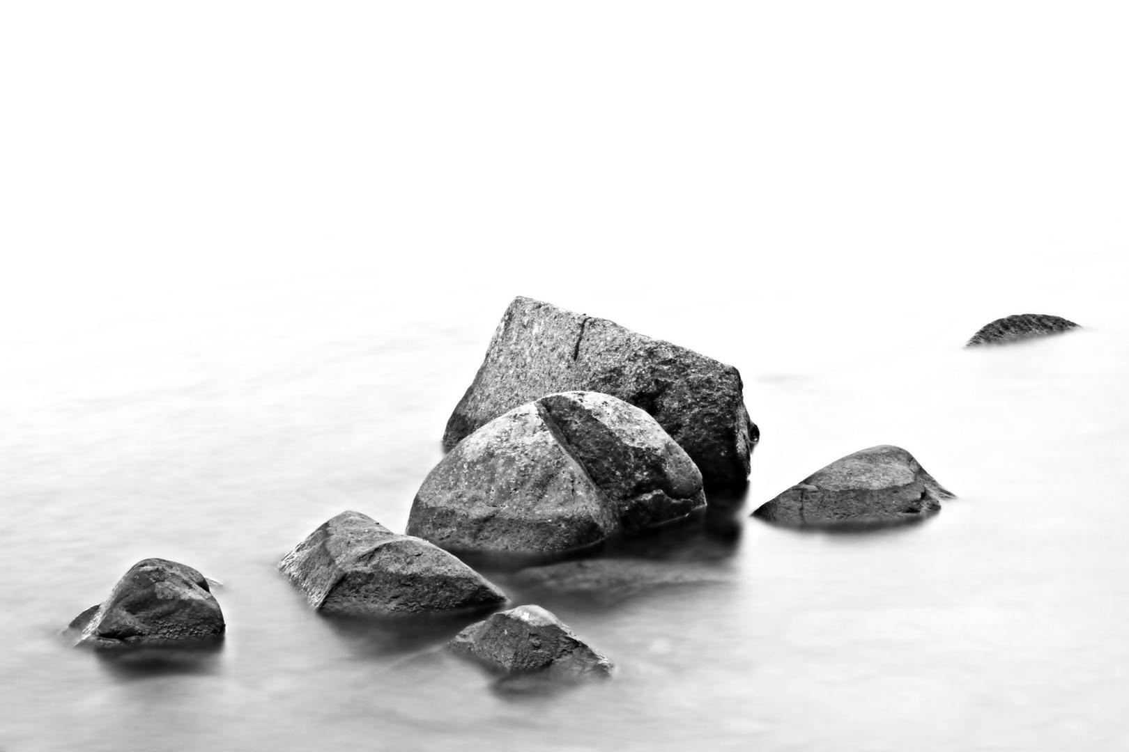 Steine Im Wasser Foto Bild Monochrom Bearbeitungs Techniken