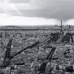 Stellenweise Regen über Paris