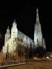 Stephansdom bei Nacht