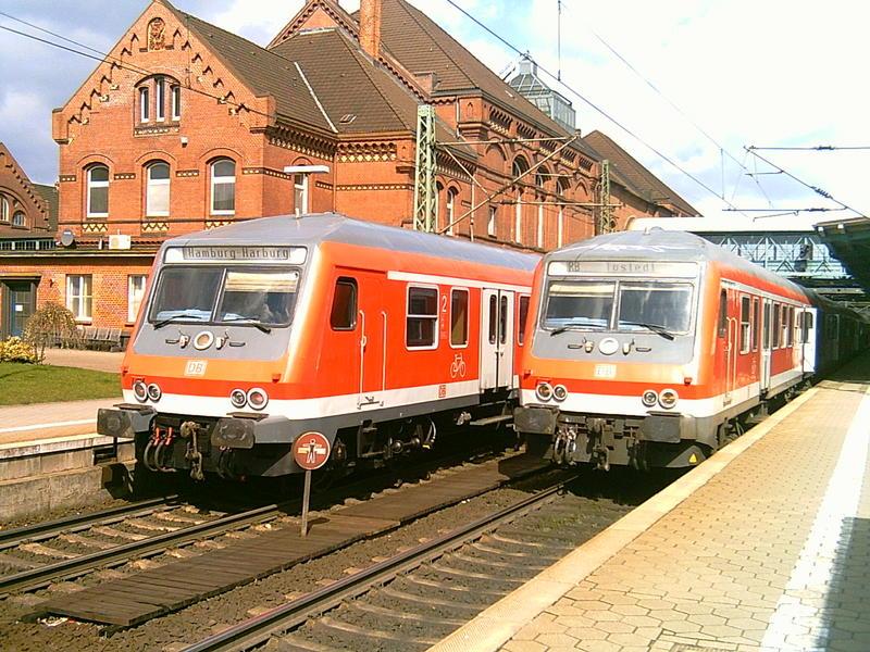 Steuerwagentreff In Hamburg Harburg Bei Bestem Wetter Foto Bild