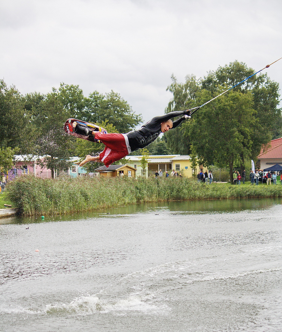 Steve beim - Alfsee-Jump 2010 -