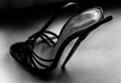 stiletto-playing-theatre (part 9)