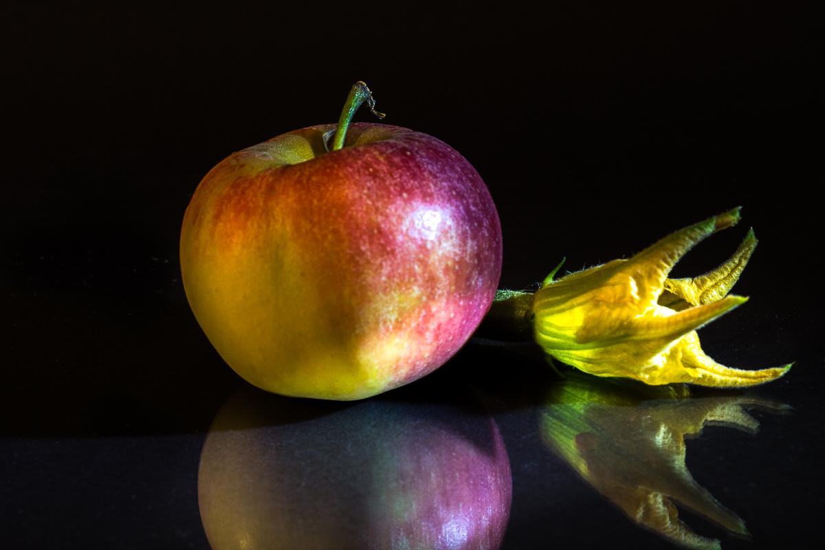 Still Life: Apfel