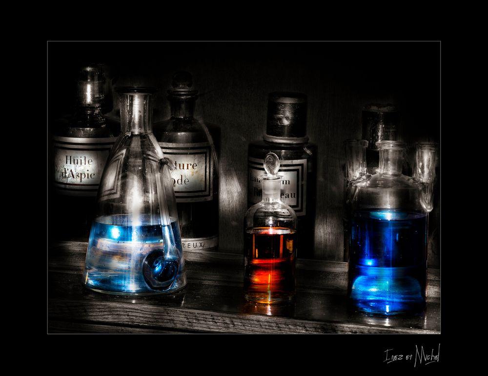 STILL_BLUE