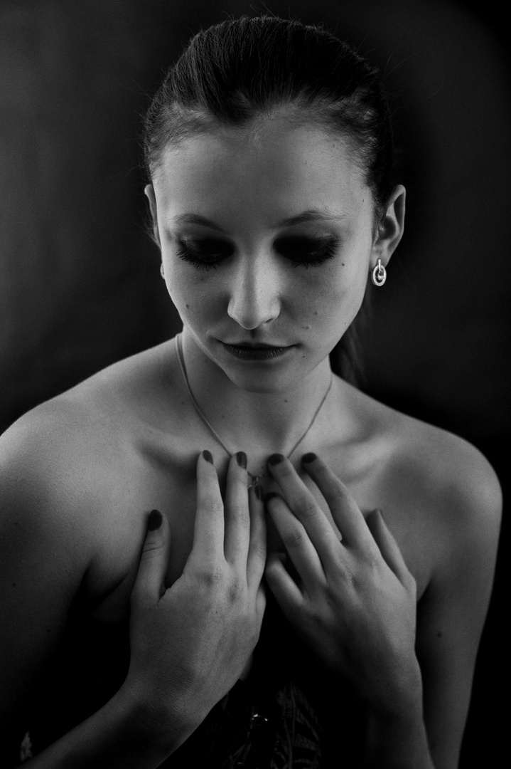 stille verbirgt manchmal die gefühle, die doch i-wann wieder auftauchen und einen heimsuchen...