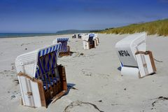Stiller Strand im Mai