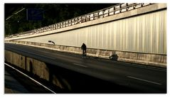 Stillleben A40 - Holsterhausen -Einsamer Fahrradfahrer