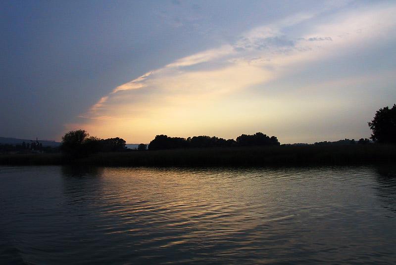 Stimmung über dem Rhein