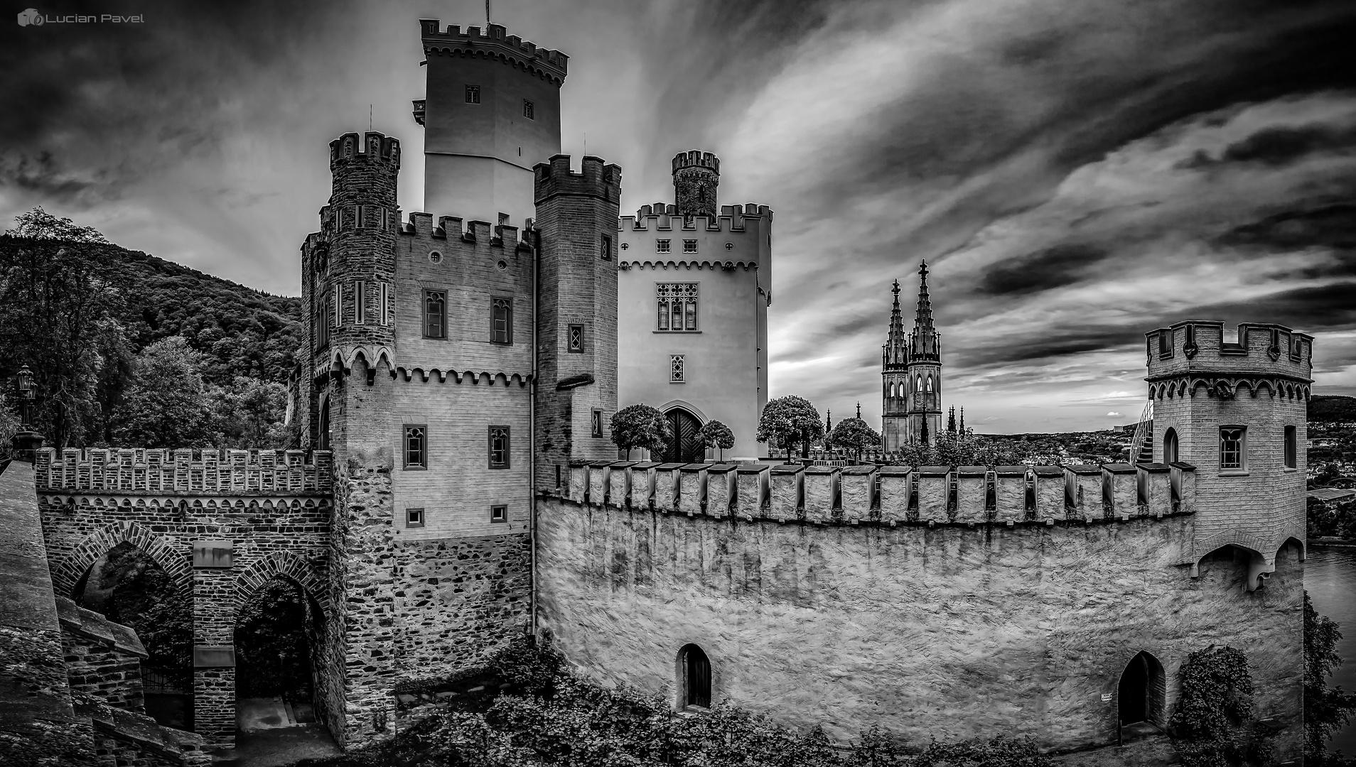 Stolzenfels castle b&w