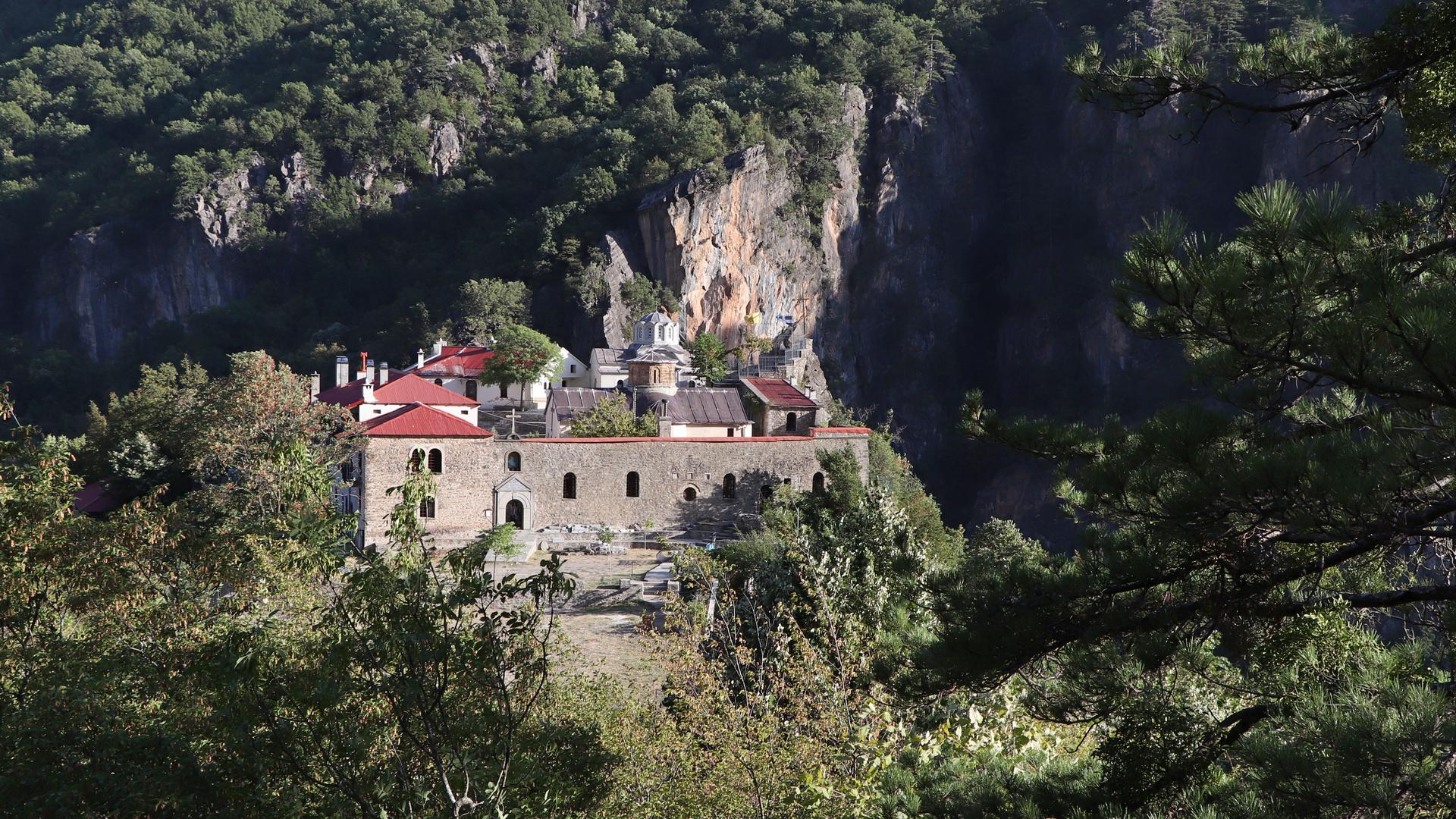 Stomio Abbey