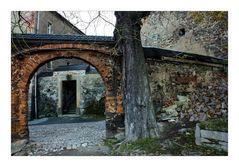 Stone Walls & Arches