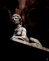 stone.roaring.sphinx