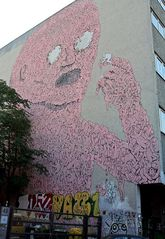 stop - wat ist das denn geiles an der hütte - ne grafiti oder sowas in der art