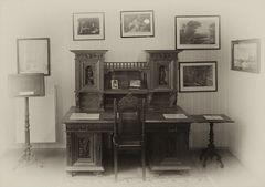 Storms Schreibtisch