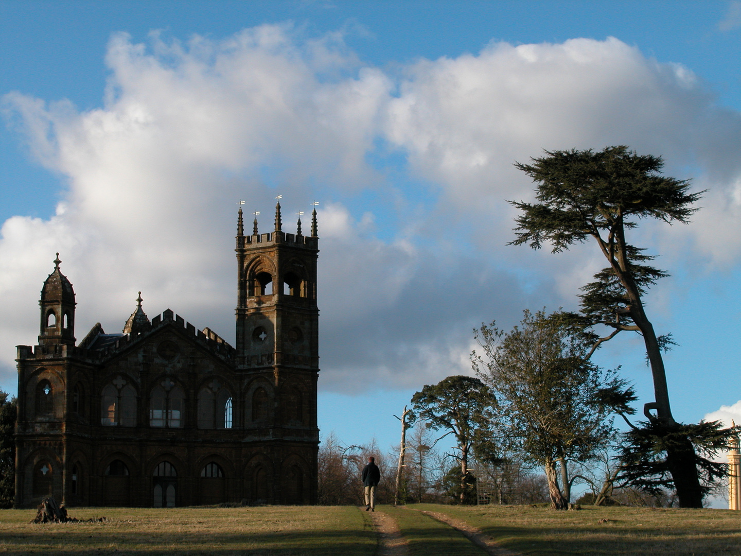 Stowe Park, The Gothic Folly