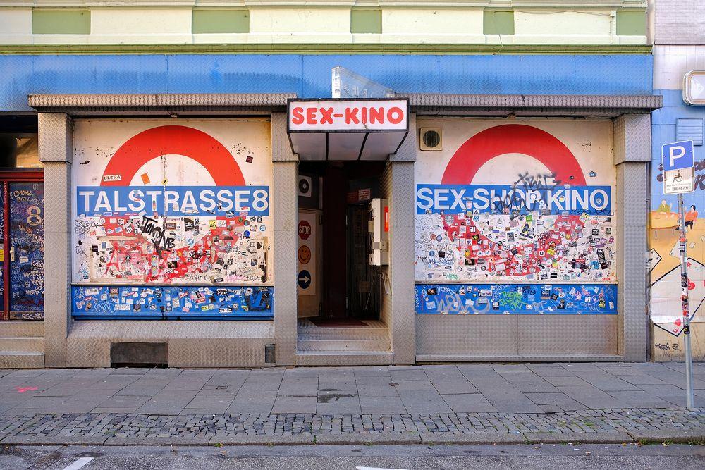 St.Pauli - Sex-Kino Talstrasse 8 Foto & Bild   deutschland