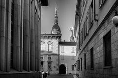 Strada verso la basilica