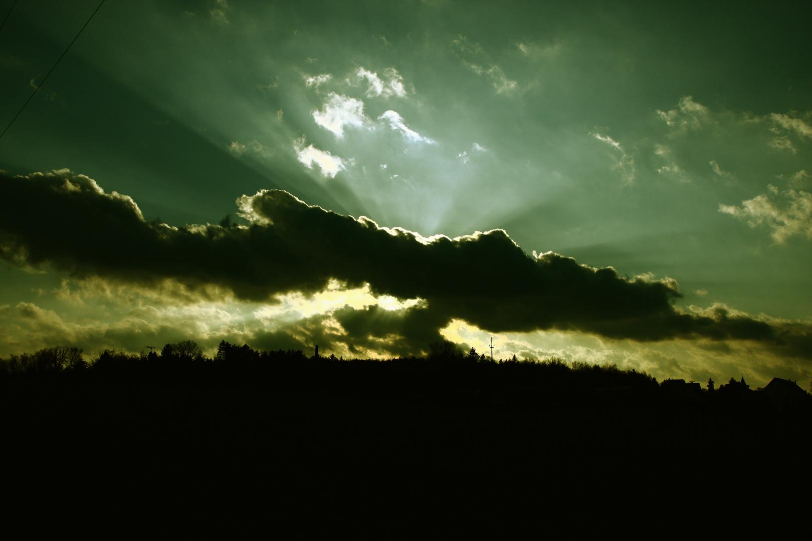 strahlende Wolke
